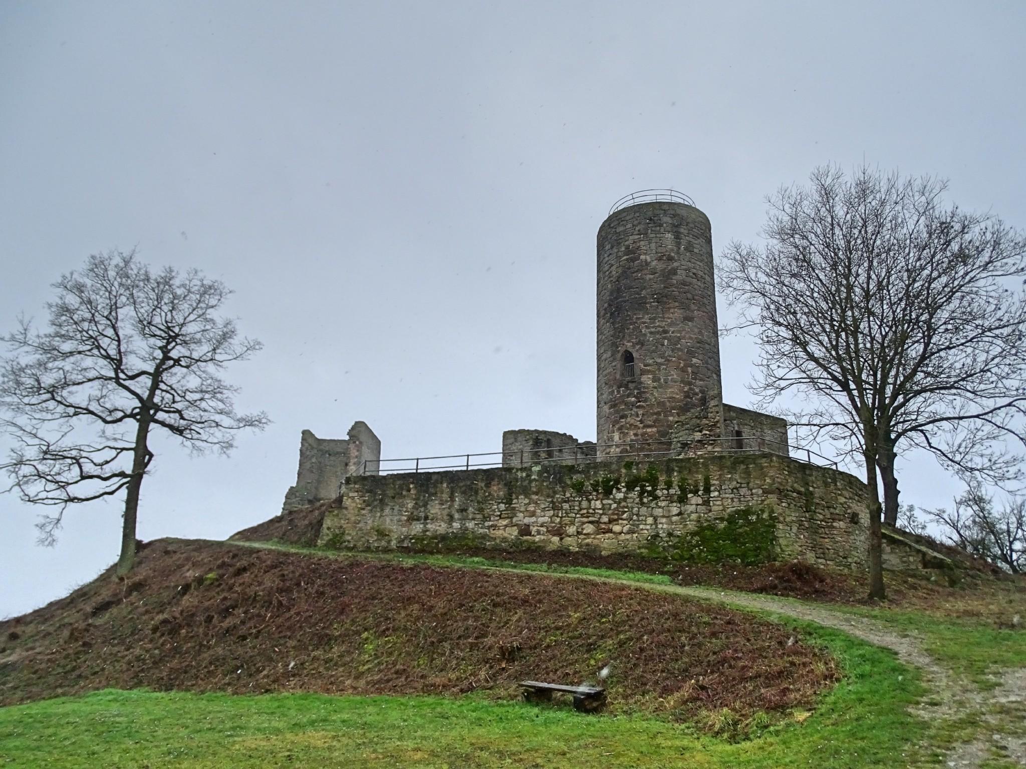Burgen, Natur und Schnee in Westfalen